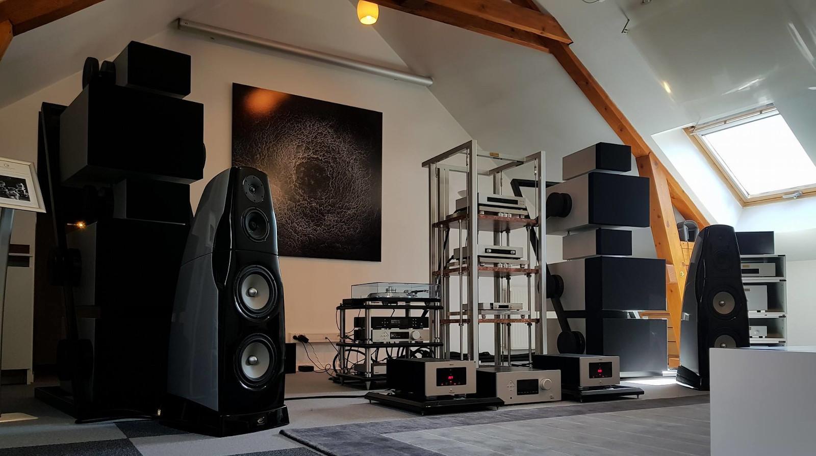 The Symbiose II avec tous les éléments musicaux